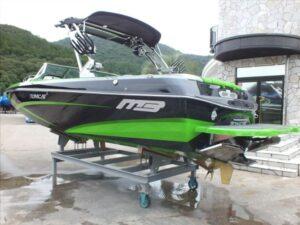 MB Sports F24 TOMCAT 長龍マリーナ